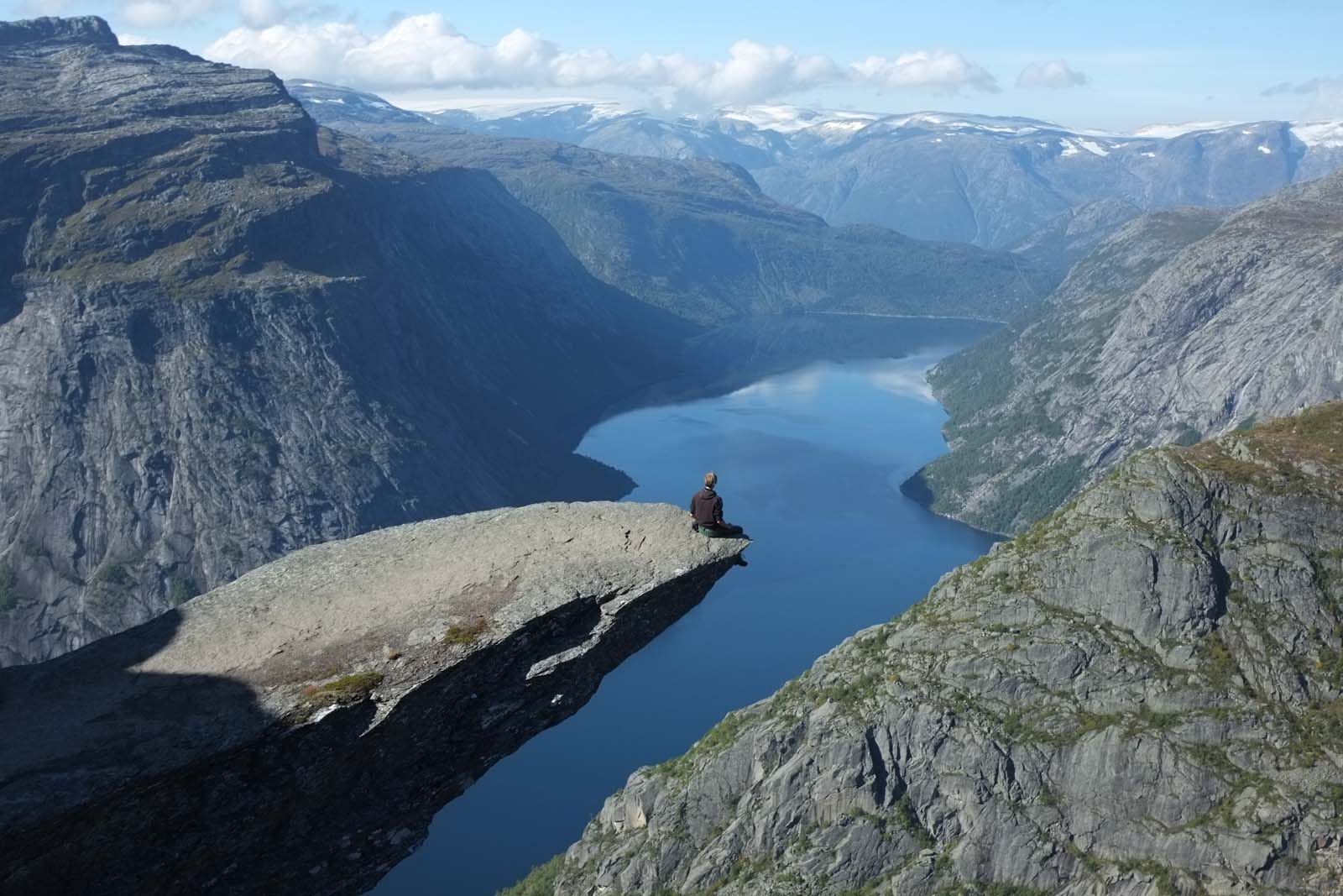 The north way, Trolltunga