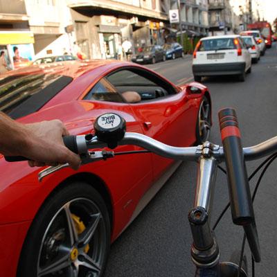 Ferrari vs. Audi TT